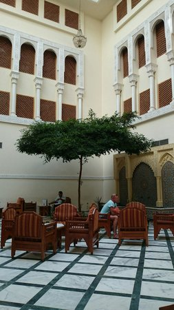 Amir Palace: Камешками внутри отеля Амир Палас