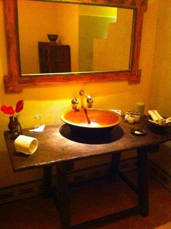 Villa Bahia : Modern bathroom (super clean)
