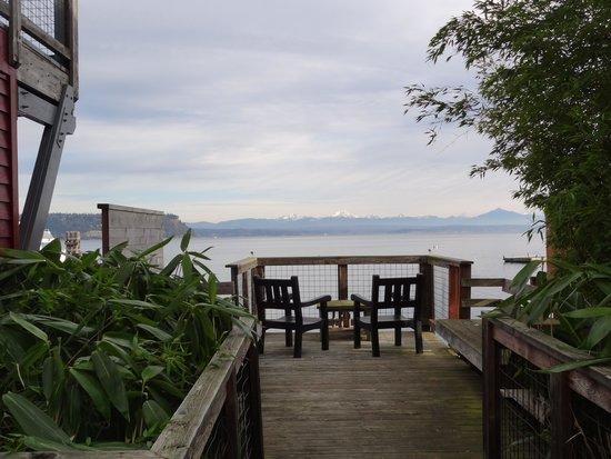 Boatyard Inn: Serenity