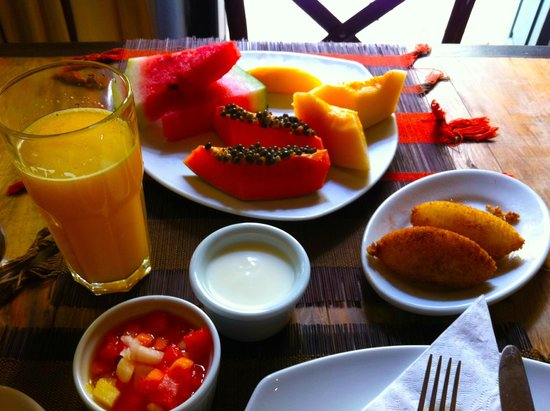 Villa Bahia : Absolutely delish breakfast served every day!!!!!!!!!!