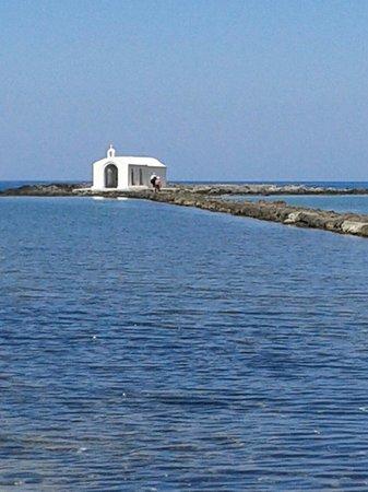 Agios Nikolaos Chapel : Incanto in mezzo al mare