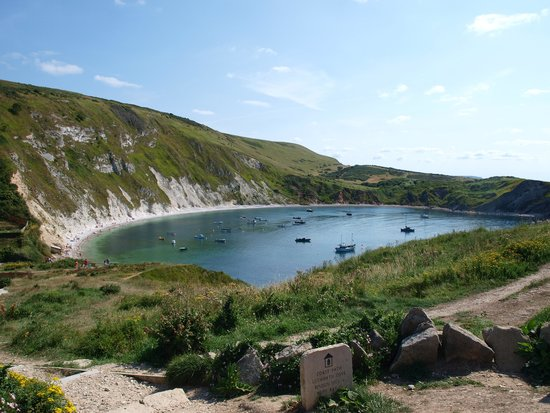 Lulworth Cove and Durdle Door: Lulworth Cove