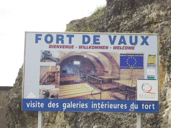 Fort de Vaux : Entrance sign