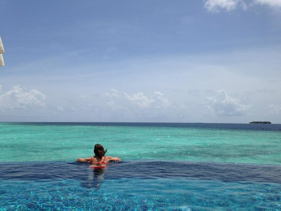 Baros Maldives : View from our villa/pool.