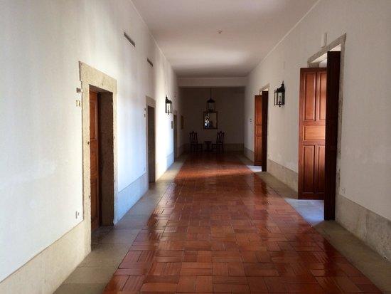 Pousada de Palmela Historic Hotel: 2nd floor hallway