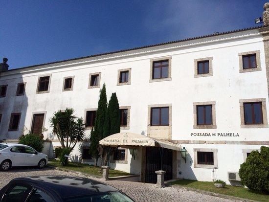 Pousada de Palmela Historic Hotel: Front entrance