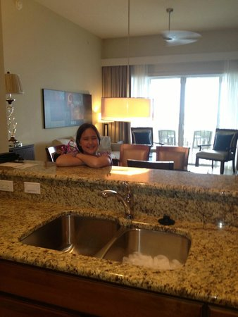 The Westin Cape Coral Resort At Marina Village : View from Kitchen to Dining/Living Area
