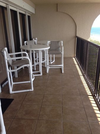 Ocean Vista: Balcony
