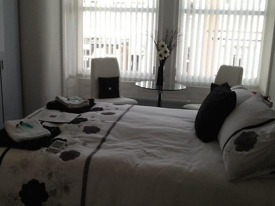 The Garnett Hotel: Premium double room