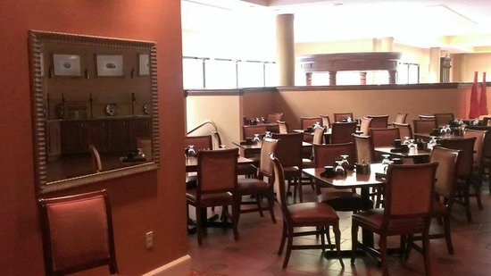 Wyndham Peachtree City Hotel and Conference Center: Restaurant