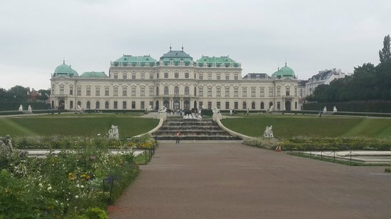 Belvedere Palace Museum : Belvedere view