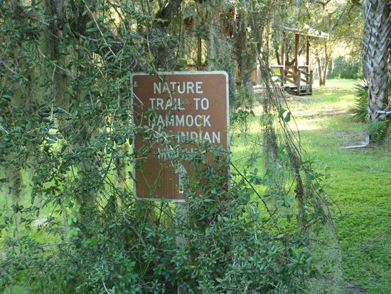 Ortona Indian Mound Park: Overgrown sign
