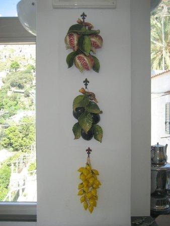 Hotel Smeraldo: Italian ceramics inside hotel