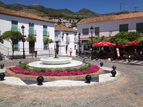 Benalmadena Pueblo (The Old Village) : Plaza Espagna
