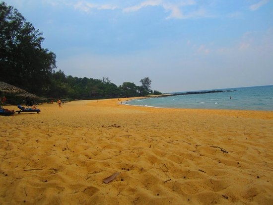 Tanjong Jara Resort: hotel beach