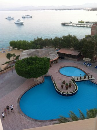 "Hurghada Marriott Beach Resort: Room view "" sea & pool """