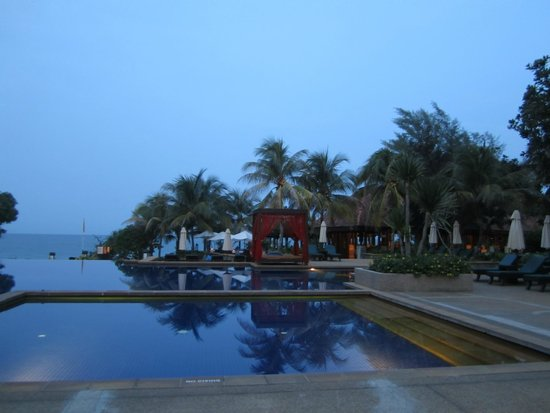 Tanjong Jara Resort: family pool