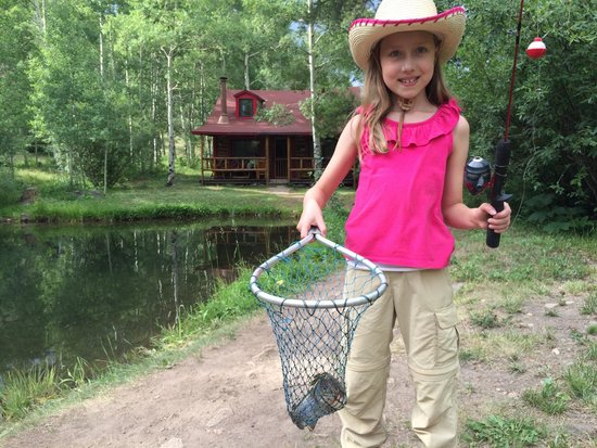 Drowsy Water Ranch : At the kids fishing hole--breakfast!