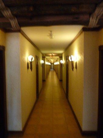 The Kingdom at Victoria Falls: couloir hôtel