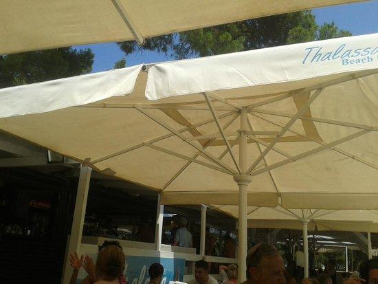 Koukounaries Beach: Thalassa Beach Bar