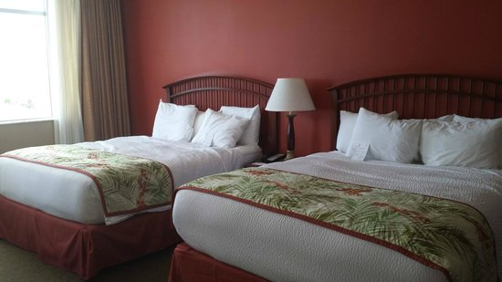 Residence Inn Fort Lauderdale Pompano Beach/Oceanfront : Two queen beds