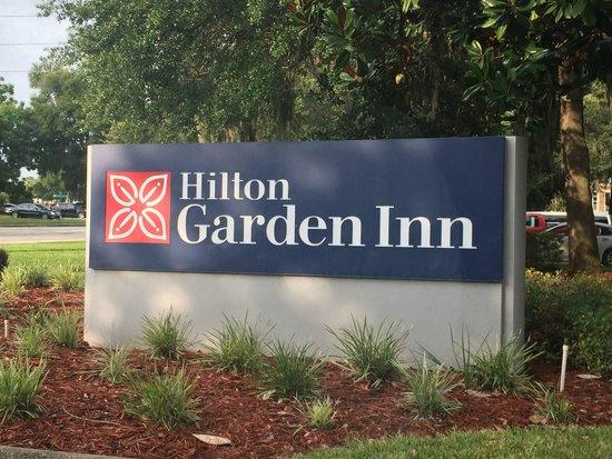 Hilton Garden Inn Tampa East/Brandon: Entrance