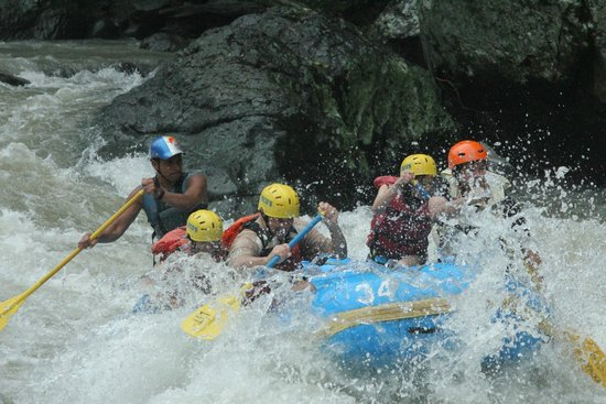 Rio Locos Tropical Tours : July rafting trip