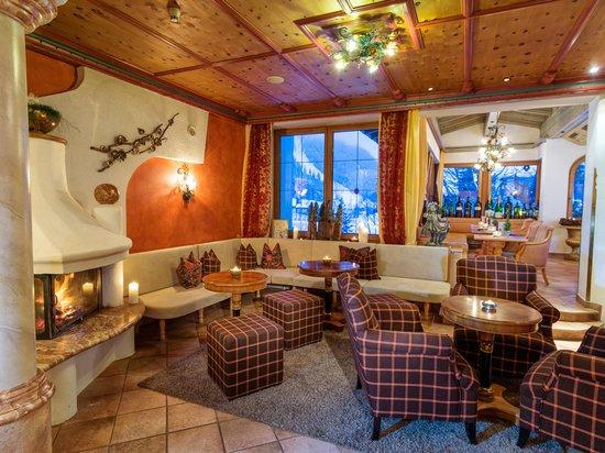 Cozy fireplace at the Wellnesshotel Bergland