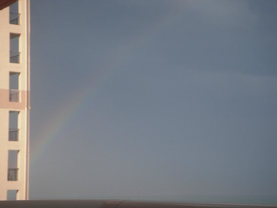 Dunes Village Resort : Rainbow sighted from our 14th floor balcony