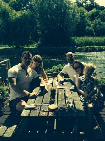 The Mayfly Riverside Pub: Friends having fun!