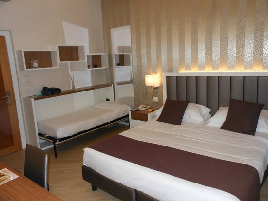 Hotel Monte Rosa : camera