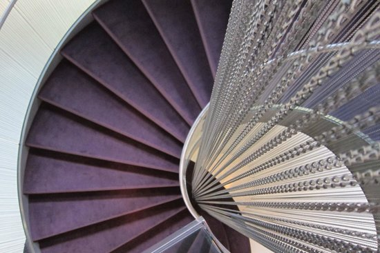 The Vine Hotel : The spiral staircase!