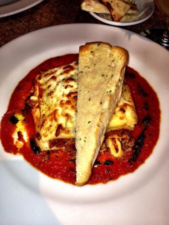 Scala Restaurant: Amazing homemade and made to order lasagna- a must try!!!