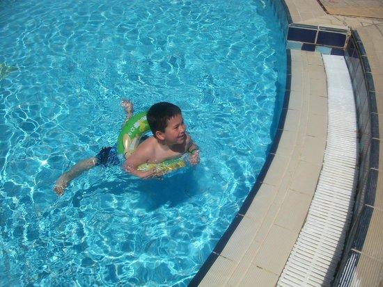 Sharm Grand Plaza : fun in the pool