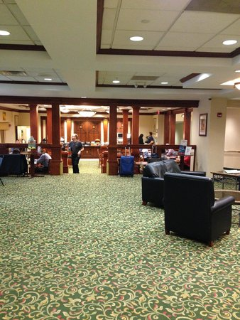 Fairfield Inn & Suites Parsippany: Lobby