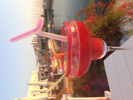 Irme Hotel: Frozen strawberry daiquiri in Boom! (one of the bars in D-Marin)