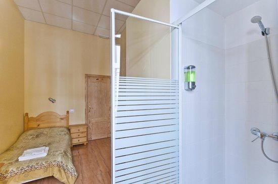 Hostal Kasa Gran Canaria: Ducha habitación individual