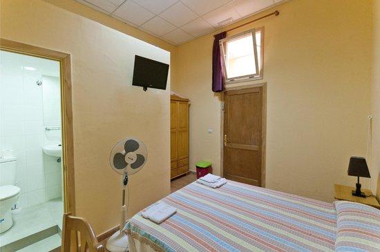 Hostal Kasa Gran Canaria: Habitación interior