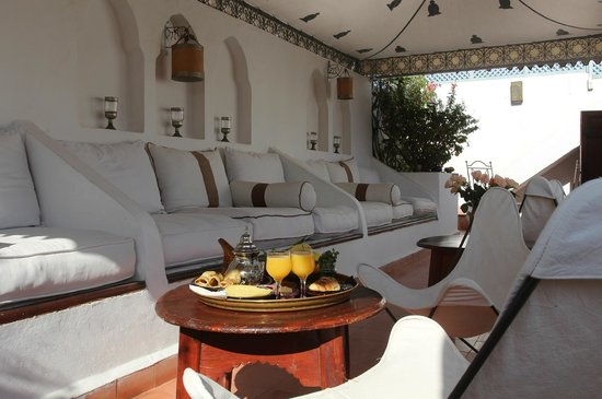 Dar Warda: Terrace/sitting area