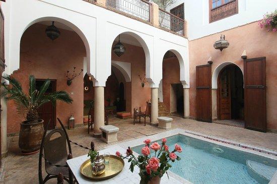 Dar Warda : The courtyard