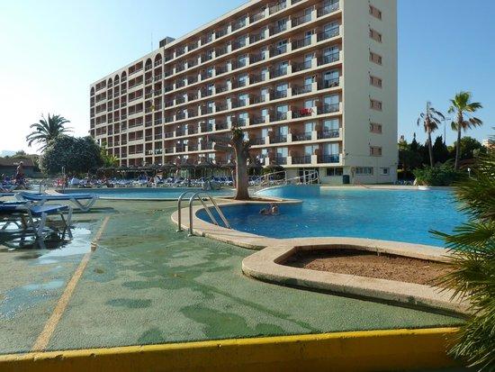 Hyb Eurocalas: hotel vue sur piscine