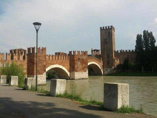 Ponte Scaligero: Magnificant