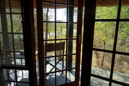 Motswari Private Game Reserve: Bungalow Waterbuck
