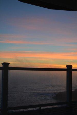 Spyglass Inn at Shelter Cove : Sunsets