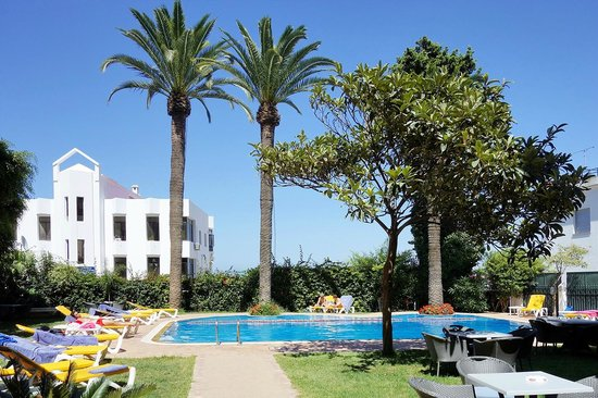 Hotel Rembrandt de Tanger : The pool
