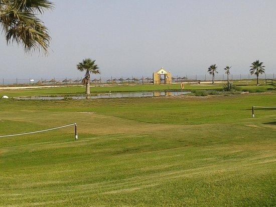 Parador de Malaga Golf : Vistas desde la piscina