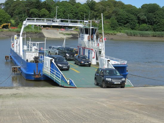 Waterford Castle Hotel & Golf Resort: Ferry
