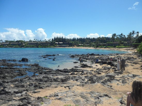 Napili Beach : View of Napili in the morning