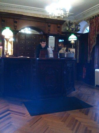 Harcourt Hotel: reception