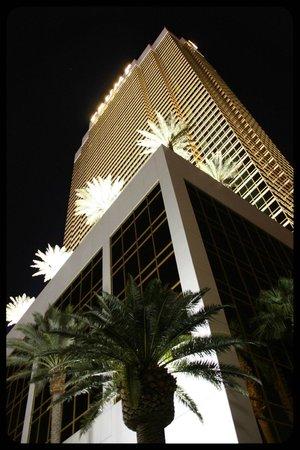 Trump International Hotel Las Vegas: Vista del Hotel